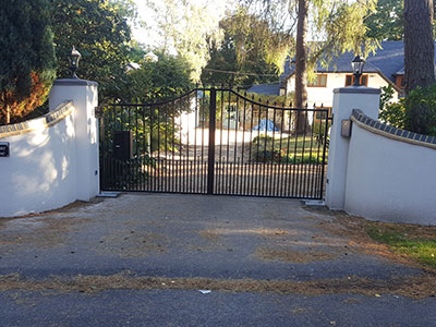 Steel Electric gates Berkshire